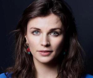 Aisling Bea<
