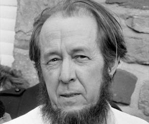 Aleksandr Solzh...<