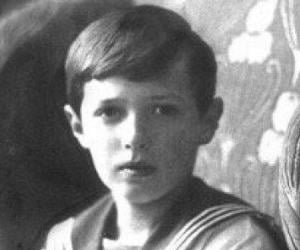 Alexei Nikolaev...<