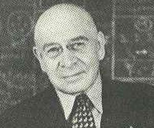 Alfred Korzybski<