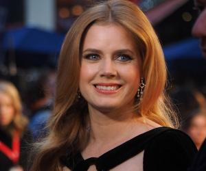 Amy Adams Biography - Childhood, Life Achievements & Timeline