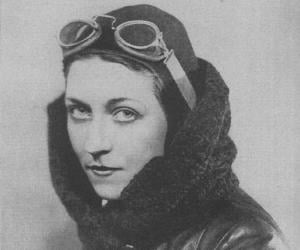 Amy Johnson<