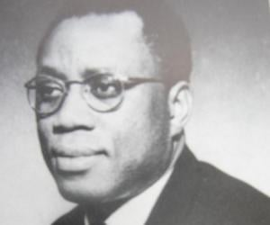 André-Marie Mbida biography online