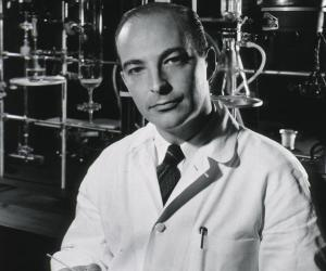 Arthur Kornberg<