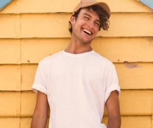 Cameron Robbie<
