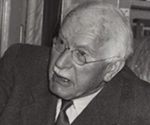 a biography of carl gustav jung swiss psychiatrist and psychotherapist Carl gustav jung (german  – 6 june 1961) was a swiss psychiatrist,  young carl jung was taken by his father to live with emilie jung's unmarried sister in.