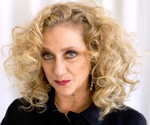 Carol Kane<