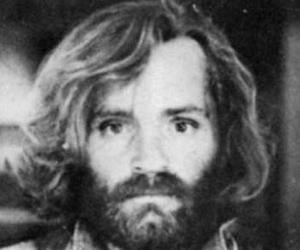 BREAKING: Convicted mass murderer Charles Manson dies aged 83 Charles-manson-3
