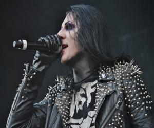 Chris Motionless<
