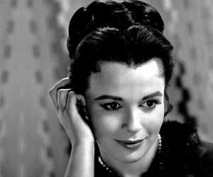 Claire Bloom<