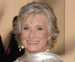 Cloris Leachman<