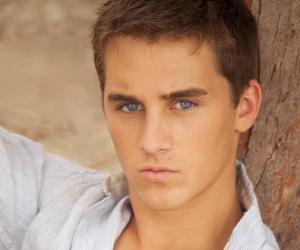 Cody Johns<