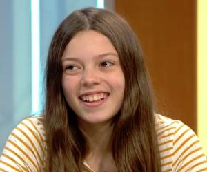 Courtney Hadwin<