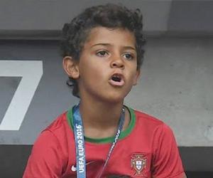 Cristiano Ronal...<