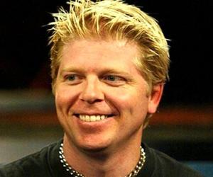 Dexter Holland<