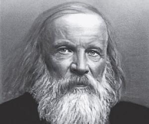 Dmitri Mendeleev<
