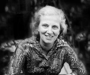 Dorothy Hodgkin<