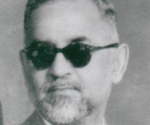 Dr Zakir Husain<