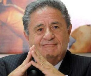 Eduardo Duhalde<