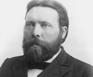 Einar Jónsson<