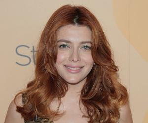 Elena Satine Biography - Facts, Childhood, Family Life ...