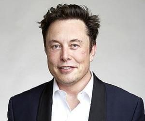 Elon Musk<