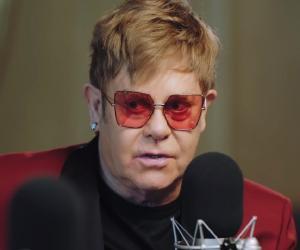 Elton John<