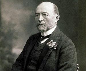 Emil Adolf von ...<
