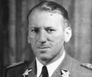 Ernst Kaltenbru...<
