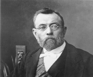Ferdinand von M...<