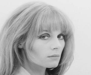 Françoise Dorl...<