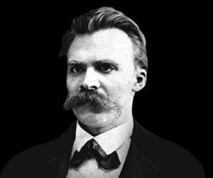 Friedrich Nietz...<