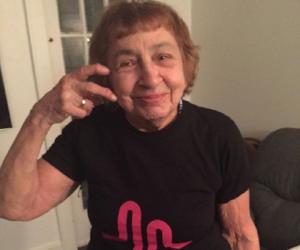 Gangsta Grandma<