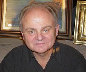 Gary Burghoff<