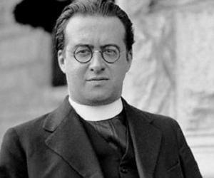 Georges Lemaître<