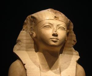 Hatshepsut<