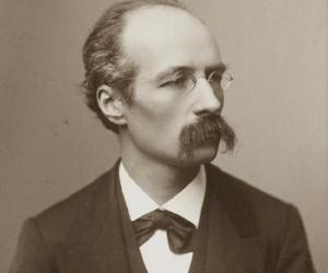 Henri La Fontaine<