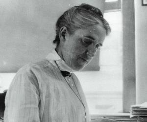 Henrietta Swan ...<