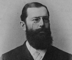 Hermann Emil Fi...<