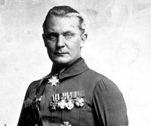 Hermann Goring<