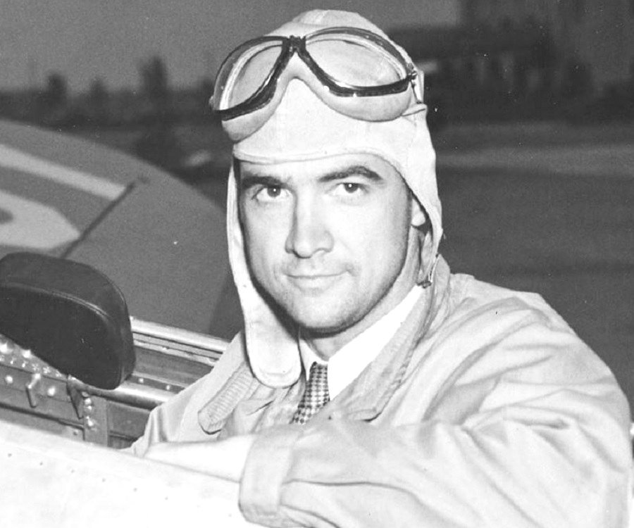 Howard Hughes<