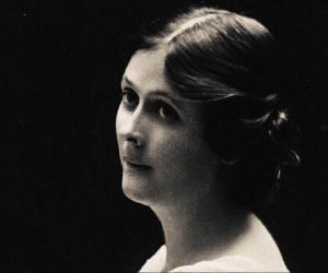 Isadora Duncan<