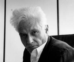 Jacques Derrida<
