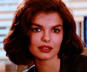 Jeanne Tripplehorn Bio Facts Family Life Of Actress