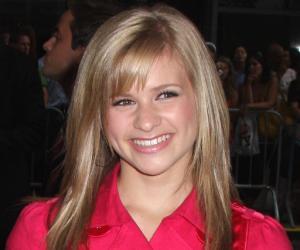Jenna Boyd<