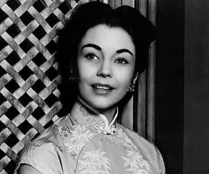 Jennifer Jones<