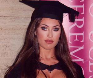 Jess Greenberg Bio Facts Family Life Of Youtube Personality