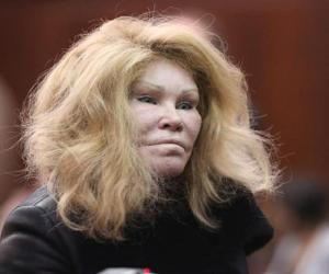 Jocelyn Wildenstein Biography - Facts, Childhood, Family ...
