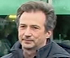 Jonathan Gillib...<