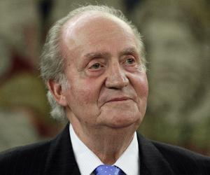 a biography of juan carlos de borbon y borbon the king of spain from 1975 to 2014 Juan carlos de borbón was born on january 5, 1938 in rome, lazio, italy as  juan carlos alfonso víctor maría de borbón y  king of spain from 1975 to 2014.